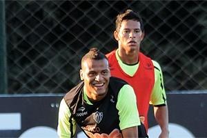 Atlético: Patric e Giovanni são reintegrados