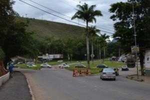 Manhuaçu: Prefeitura inicia readaptação do Trevo do Cafeicultor. Mais segurança e mobilidade