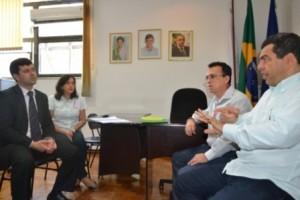 Manhuaçu: Prefeitura e Unimed firmam parceria. Benefício para servidores municipais