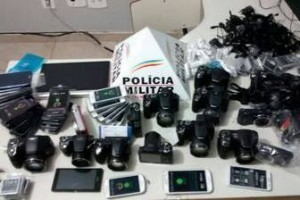 Manhuaçu: Furta em loja e é preso pela PM quando tentava fugir. 35 mil reais em eletrônicos recuperados