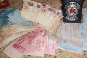 Manhuaçu: Polícia Civil recupera cerca de 30 mil reais furtados a Júlio Bueno