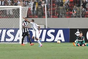 Libertadores: Atlético perde em casa e se complica