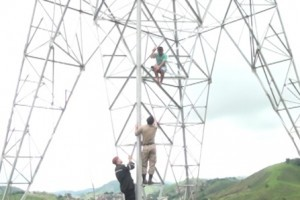 Ubaporanga: Homem ameaça saltar de torre. Resgatado pelos bombeiros e PM