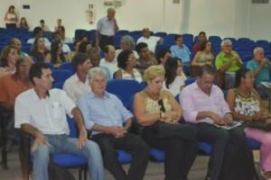 Manhuaçu: 1º Encontro Regional de Saneamento Básico de mobiliza município e região