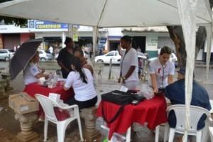 Vida e Saúde: Conscientização e prevenção na Pracinha da Rodoviária de Manhuaçu