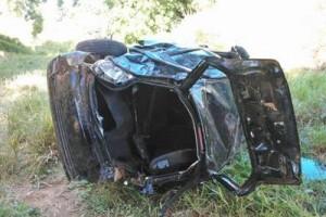 Conceição de Ipanema: Acidente mata uma pessoa e fere outras três. Pálio saiu da pista