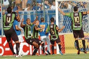 Mineiro: América e Cruzeiro jogarão às 18h30