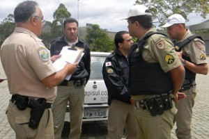 Orizânia: Assaltantes atiram em caminhão de Matipó, fogem e roubam em posto de combustíveis