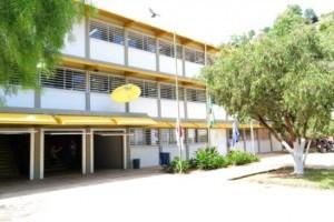 Manhuaçu: Prefeitura reinaugura CAIC após reforma. No local funciona a Escola São Vicente de Paulo