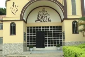 Piedade de Caratinga: Igreja católica é alvo de vandalismo e tentativa de furto
