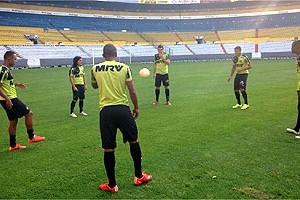 Libertadores: Atlético treina no campo de jogo desta quarta-feira