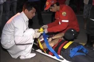 Entre Folhas: Motorista fica ferido em capotamento na MG 425