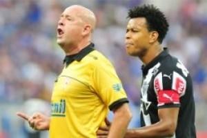 Arbitragem: Cruzeiro reclama de Heber Lopes novamente