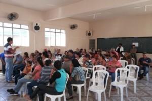 Manhuaçu: Secretário de Agricultura reúne-se com feirantes