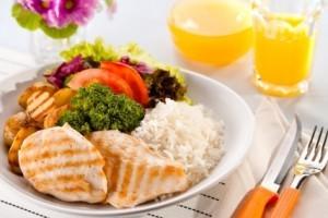 Vida e Saúde: Reeducação alimentar começa dentro de casa