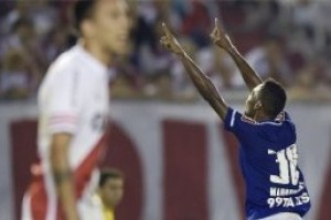 Libertadores: Cruzeiro vence o River na Argentina