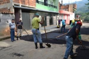 Manhuaçu: Ponte da aldeia recebe melhorias nas ruas