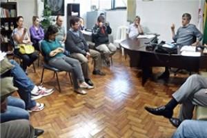 Manhuaçu: Prefeito e Sindicato dos servidores discutem sobre carga horária