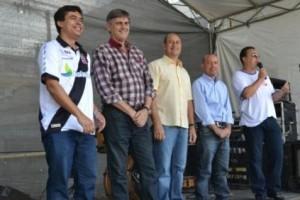 Manhuaçu: Prefeito participa de homenagens ao trabalhador