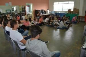 Manhuaçu: Estudantes de medicina visitam CAF e ESF