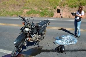 Leopoldina: Dois motociclistas morrem na BR 116