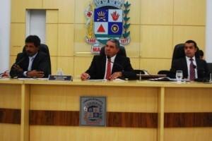 Manhuaçu: Vereadores aprovam prorrogação de contratos da Prefeitura