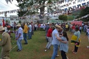 Manhuaçu: CAPS promove festa junina