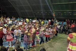 Manhuaçu: Escola Monteiro Lobato realiza festa da colheita