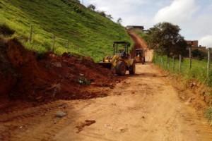 Manhuaçu: Asfaltada rua que liga Bairros Santa Luzia e Lajinha