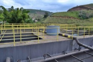 Manhuaçu: Erros de projeto impossibilitam obras de captação de esgoto pela ETE