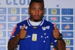 Cruzeiro: Marinho, novo reforço apresentado