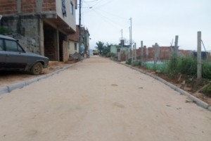 Manhuaçu: Prefeitura realiza calçamento na Matinha