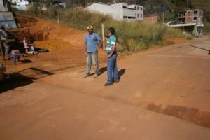 Manhuaçu: Vereador pede solução para problemas em rua na Ponte da Aldeia
