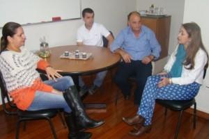 CMS cobra entrega de medicamentos excepcionais em Manhuaçu