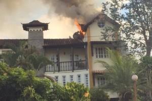 Manhuaçu: Casa pega fogo no Bom Jardim