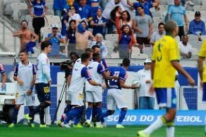 Brasileirão: Cruzeiro vence Palmeiras em BH