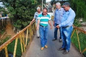 Manhuaçu: Moradores da Ponte da Aldeia fazem reivindicações