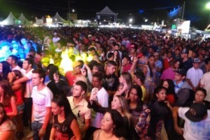 Luisburgo: 19ª Feira da Paz e Festa do Produtor Rural recebe grande público