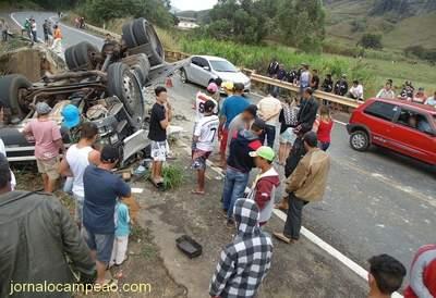 Acidente Ponte BR116 Oriz (1)