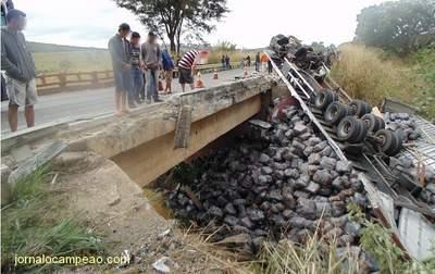 Acidente Ponte BR116 Oriz (3)