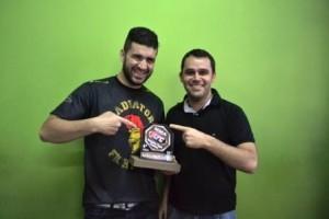 Esporte: Manhuaçuenses se destacam no MMA