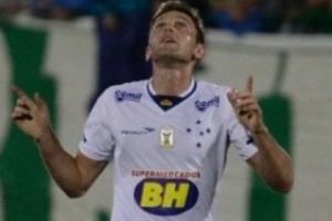Brasileirão: Cruzeiro derrota a Chapecoense