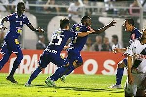 Brasileirão: Cruzeiro vence e respira aliviado