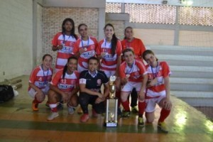 Manhuaçu: Futsal feminino dá show na Copa Boró