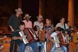 Manhuaçu: Artesanato e roda de viola na jornada mineira