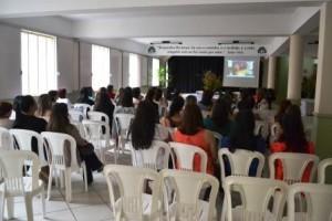 Manhuaçu: Professores da educação infantil têm capacitação