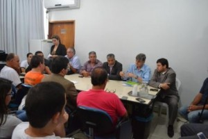 Manhuaçu: Servidores municipais e prefeitura terão nova reunião em 15 dias