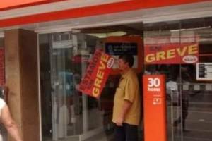 Economia: Termina a greve dos bancários