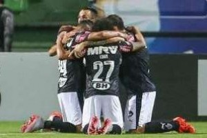 Brasileirão: Atlético bate o Coritiba no Sul: 3 a 0