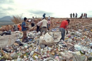 Manhuaçu: Projeto visa melhorar condições de trabalho dos catadores de lixo